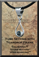 Tube Setting with Teardrop Frame 2x3 72dpi wb